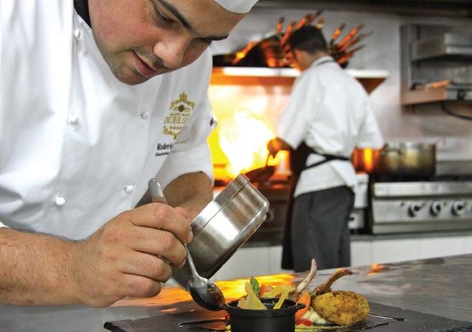 excelsior malta dining