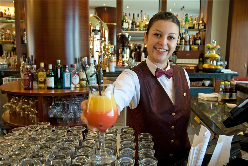 Excelsior Hotel Malta - Harbour view Barmaid