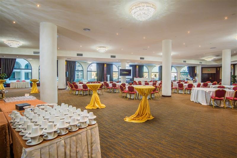 Excelsior Hotel Meetings - Floriani Hall - Cabaret & Coffee break