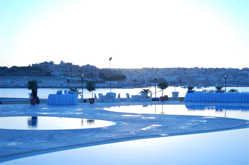 Excelsior Malta Event by pool