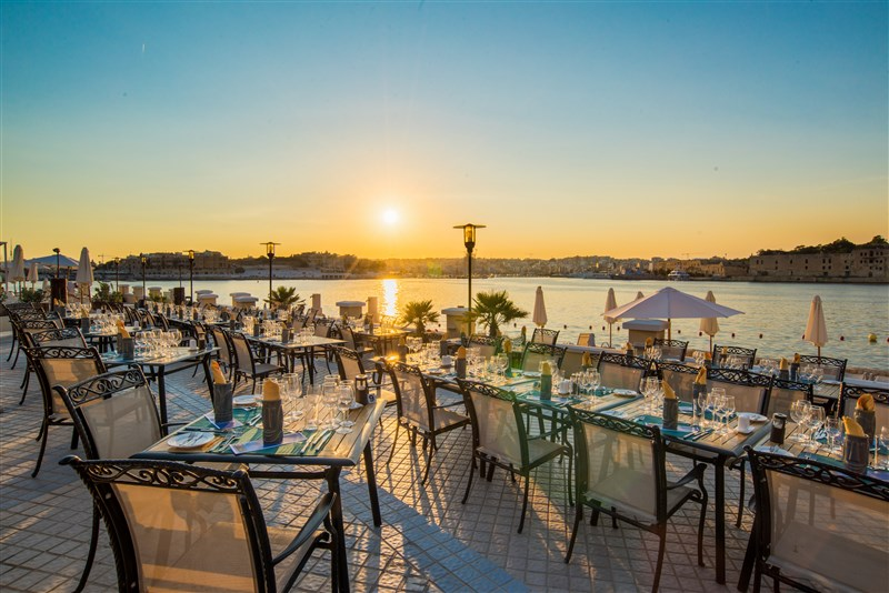 Excelsior Malta Venue - Tiki Restaurant seaside dining