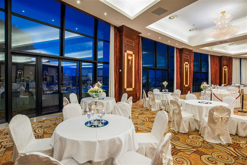 Excelsior Malta Venues - Grand Ballroom Event dinner