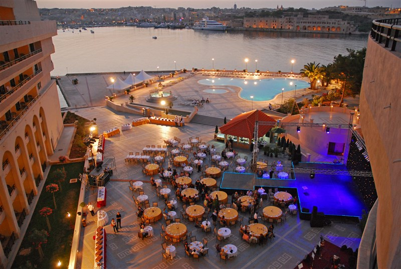 Grand Hotel Excelsior Malta - Events Piazza Marina Gala