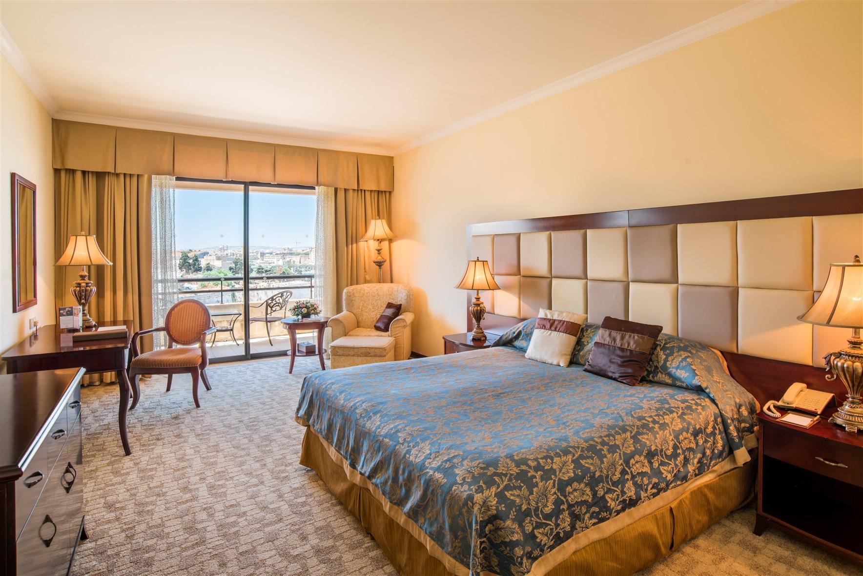 Deluxe Partial Sea View Room
