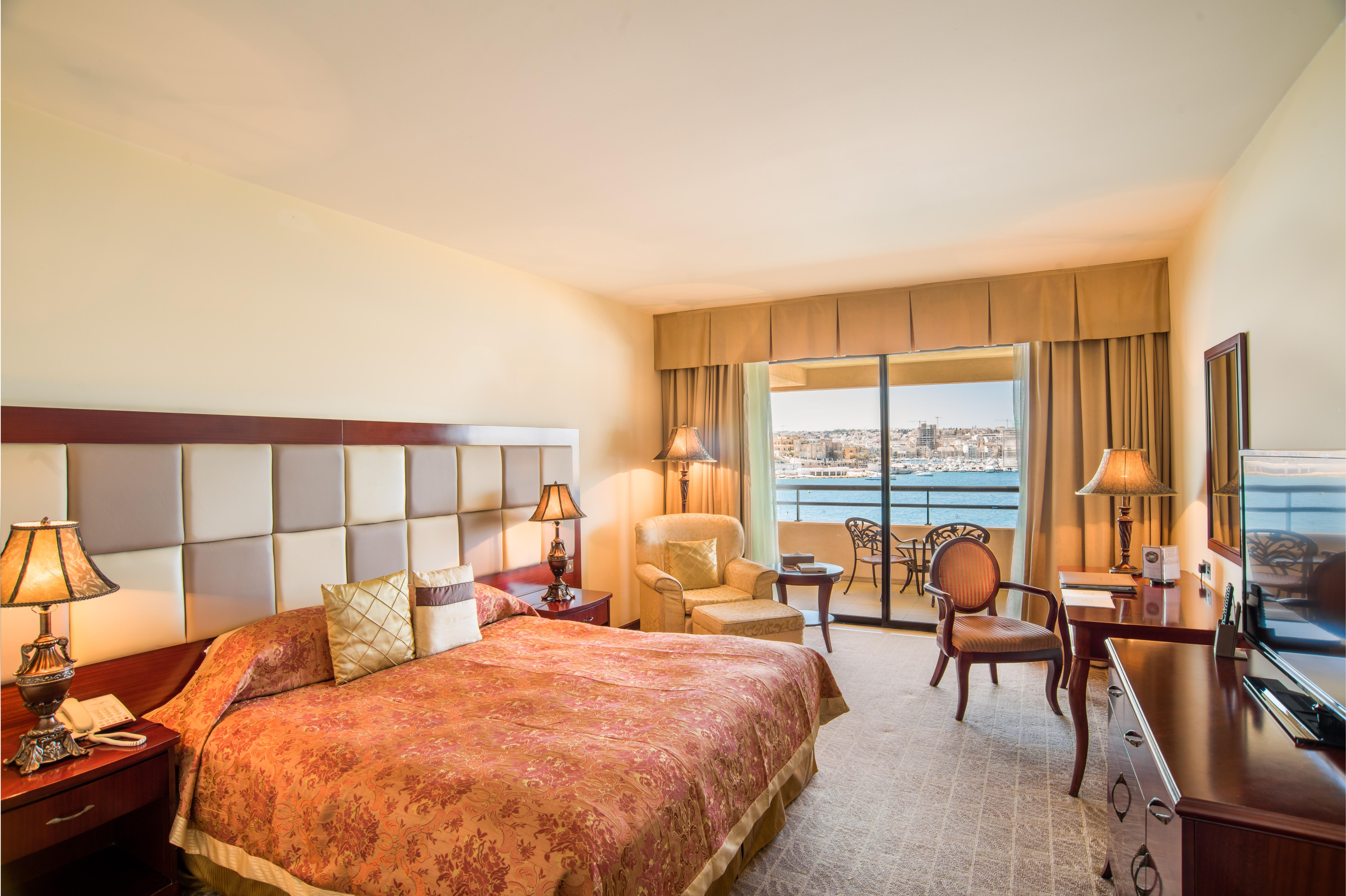 Grand Hotel Excelsior Malta Rooms Amp Suites Gallery 5