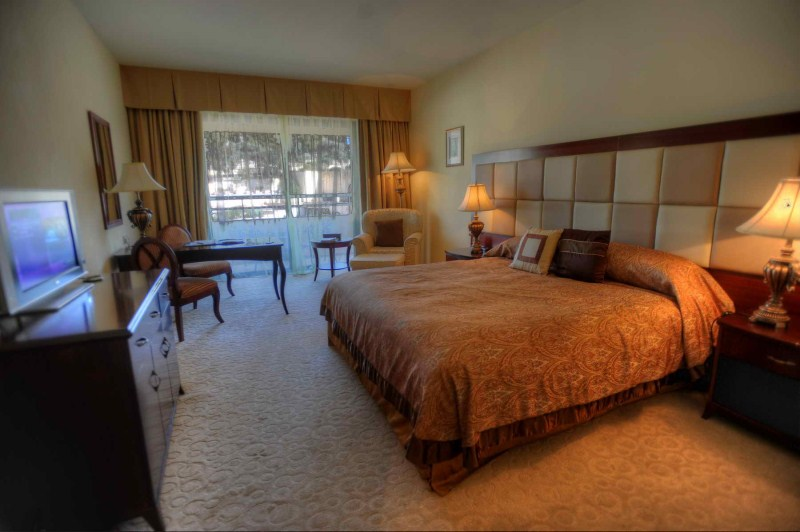 Deluxe Inland Room - king bed