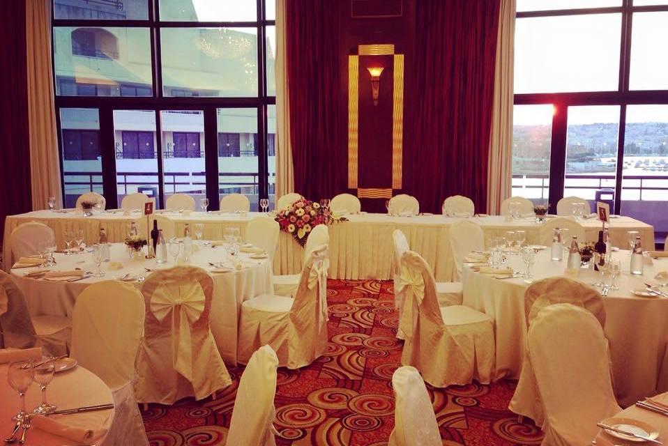 ballroom-wedding-set-up-2