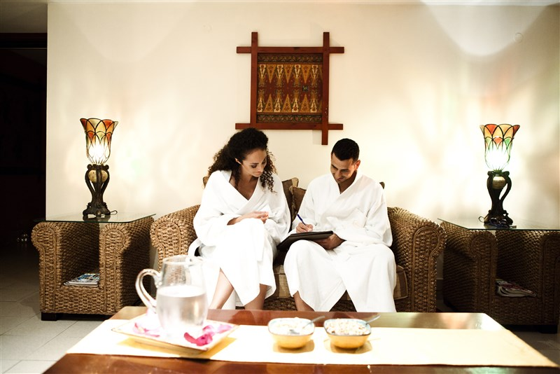honeymooners-at-the-spa