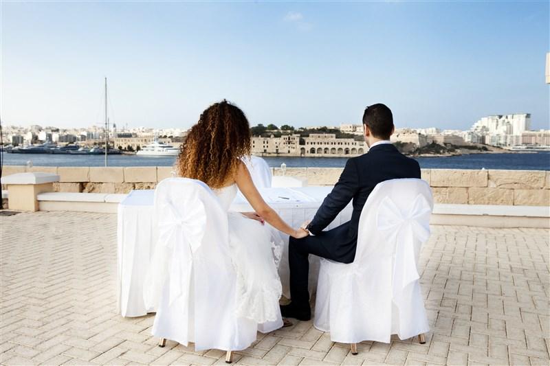 Outdoor civil wedding