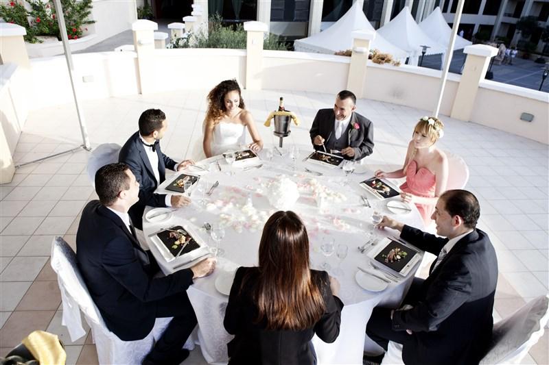Sit down Outdoor Wedding