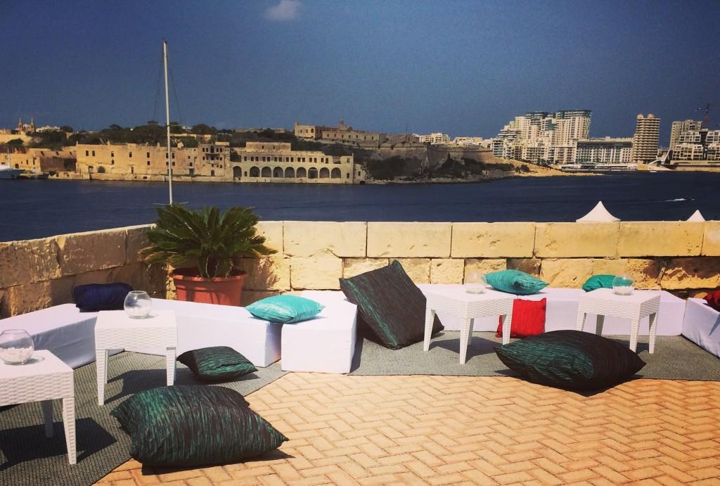 Casual Outdoor Wedding Excelsior Malta