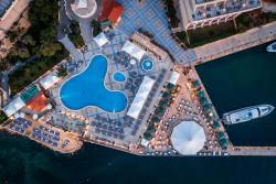 Excelsior Aerial View Pool_Beach_BlueOcean